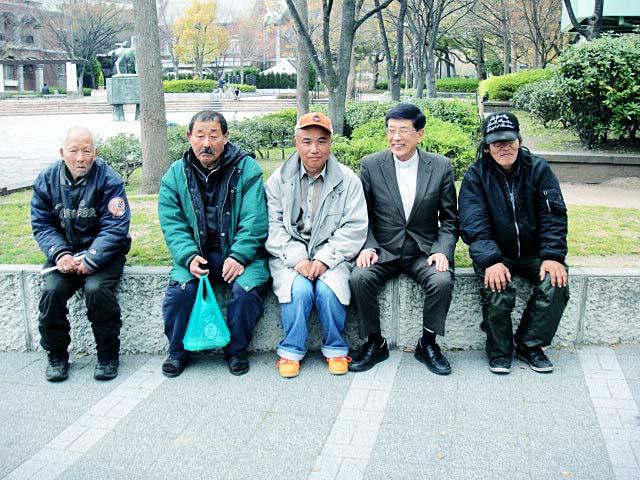 炊き出し @ 東遊園地(神戸市役所隣) | 神戸市 | 兵庫県 | 日本